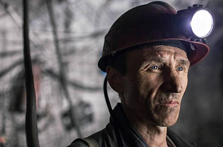 Шахтарям спрямують 261 млн грн на погашення боргу по зарплаті – Волинець