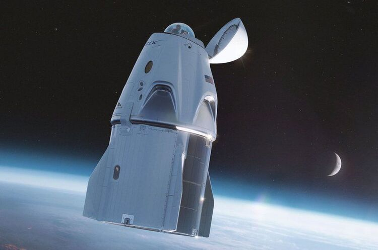 SpaceX відправив на орбіту туристів