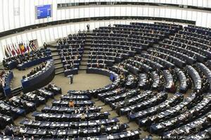 Європарламент ухвалив резолюцію щодо Росії: засудив анексію Криму і рекомендував посилити санкції