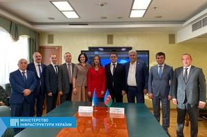 Україна та Азербайджан домовилися про збільшення квоти на автоперевезення