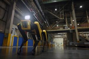 Hyundai після купівлі Boston Dynamics використовує роботів на своїх заводах як охоронців (ВІДЕО)