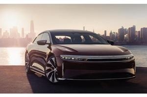 EPA назвало лідера серед електромобілів за дальністю поїздки на одній зарядці – і це не Tesla