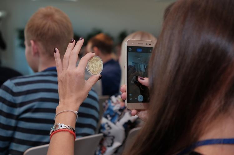 Подорожчали в 3600 разів: користувач вивів з гаманця біткойни, які пролежади там 9 років