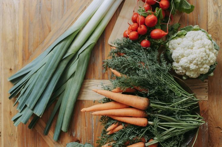 Мінагрополітики: В Україні знизилися середні ціни виробників на овочі, крупи та цукор
