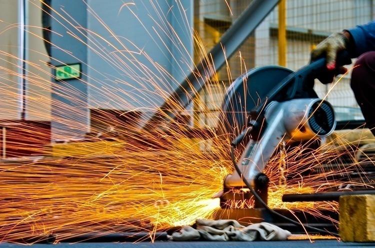 Промвиробництво у серпні за рік зросло на 0,6% – Держстат