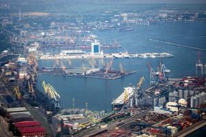 Морські порти України у січні-серпні скоротили кількість оброблених суден на 2,6%