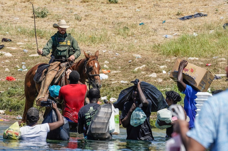 Кризис в Дель-Рио: как бегущие гаитяне портят имидж Соединенным Штатам