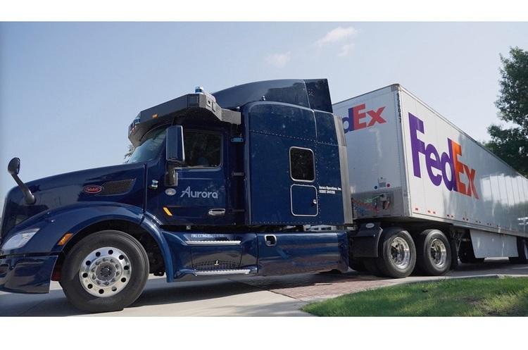 В США FedEx запустила перші безпілотні вантажівки – вони розвозитимуть пошту без водіїв