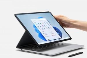 Розкладний смартфон, ноутбук-транформер і три планшети: Microsoft представила 5 нових гаджетів