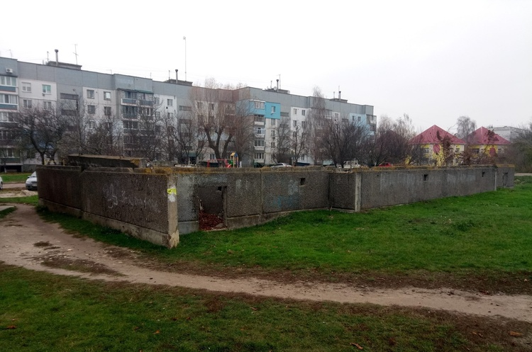 Фонд держмайна оголосив аукціон з приватизації недобудованого 24-квартирного житлового будинку на Київщині
