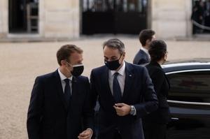 Франція продасть Греції військові кораблі на $3 млрд