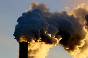В Європі вартість квот на викиди CO2 вперше піднялася вище 65 євро за тонну