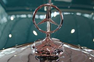 Продажі Mercedes-Benz в 3-му кварталі впали на 30,5% через дефіцит чипів