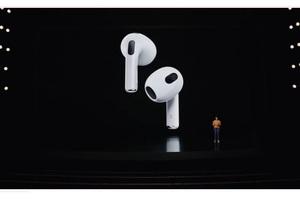 Apple представила нові навушники AirPods, планшет MacBook Pro і процесори