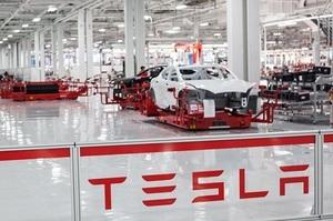 Tesla не зможе запустити свій завод під Берліном у листопаді