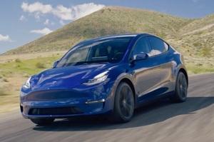 Аналітики назвали модель Tesla, яка обійшла за продажами всі інші авто в Європі