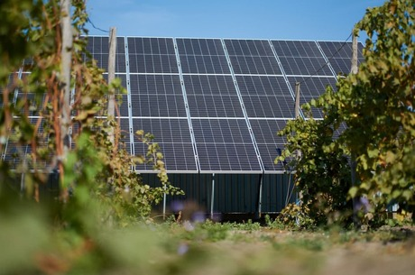 Як правильно обслуговувати домашню сонячну електростанцію