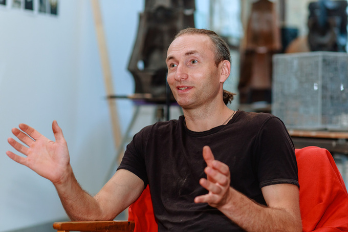 Назар Білик: «Настав час, коли треба не обслуговувати ідеологію, а пропонувати свої власні рішення»