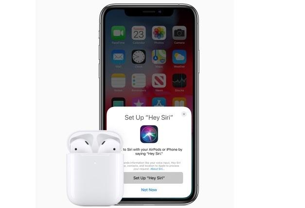 Apple представила оновлені й покращені навушники AirPods