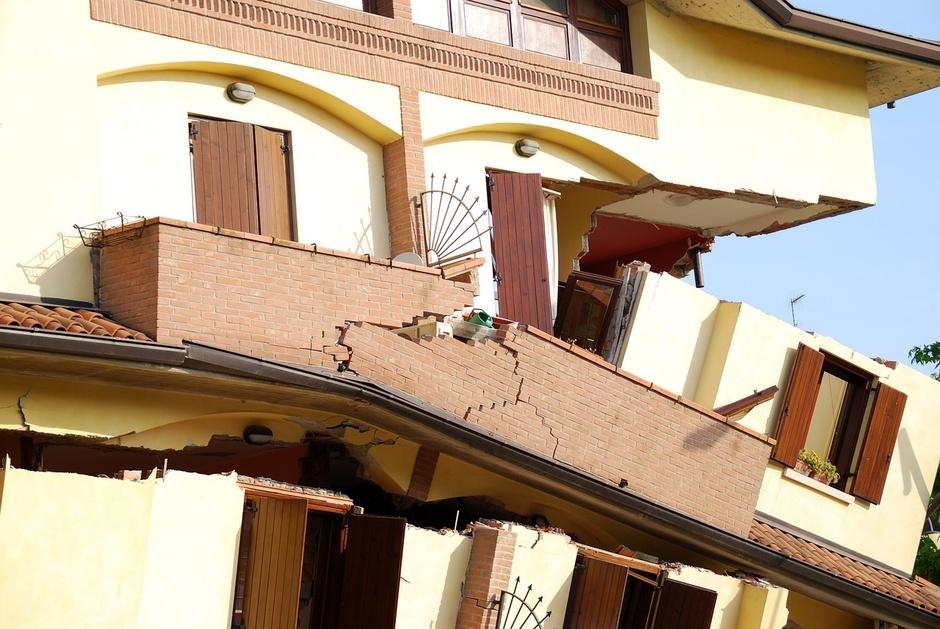 Ідеальні сусіди: навіщо страхувати відповідальність власників нерухомості