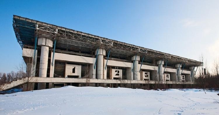 Занадто великі, щоб існувати: будівництва в Україні, що тривають десятиріччями